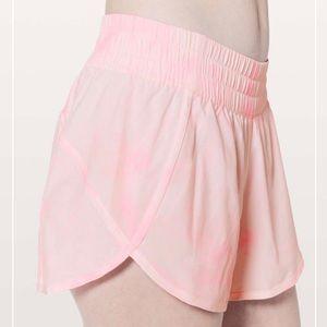 Lululemon Tracker Short Pink Tie Dye 4in